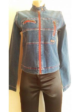 """Оригинальная джинсовая куртка с красными строчками """"pepe jeans"""""""