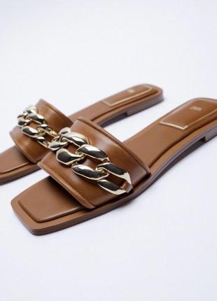 Кожаные шлёпки шлёпанцы с цепью кожа натуральная сандали zara оригинал