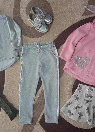 Пакет одежды на девочку 5-6 лет