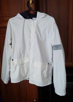 Курточка armani