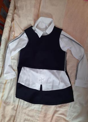 Костюм с юбкой для школьницы очень оригинальный