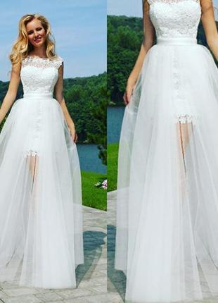 Модная прозрачная юбка шлейф
