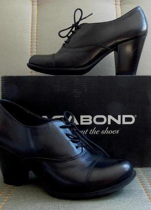 """Потрясающие туфли-броги """"vagabond"""" черного цвета на каблуке"""