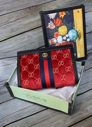 Тканевая женскчя сумка красного цвета