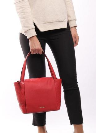 Елегантна жіноча сумка calvin klein