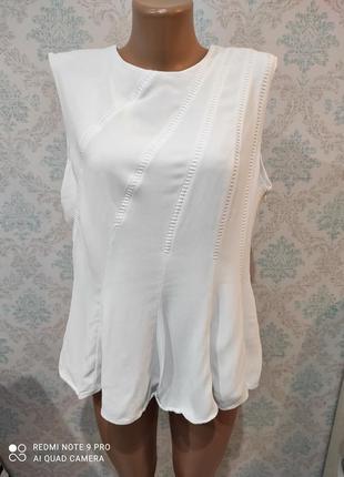 Красивая блузка!