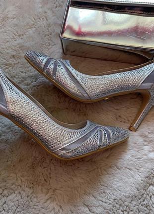 Туфли лодочки камни, свадебные