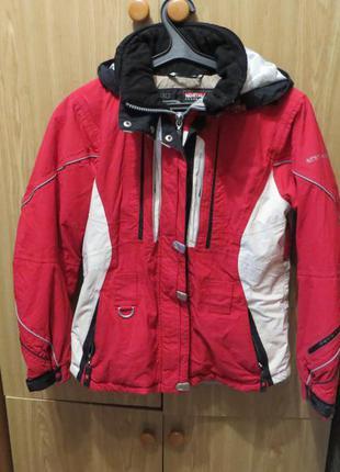 Лыжная курточка теплая