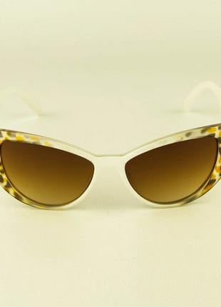 Очки солнцезащитные женские кошачий глаз - бело-леопардовые