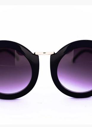 Оригинальные круглые солнцезащитные очки - черные