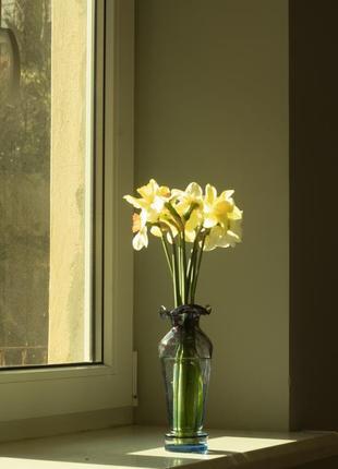 Вінтажна ваза з кольорового скла