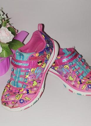 Фирменные кроссовки skechers размер 32