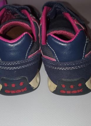 Классные фирменные кроссовки geox размер 327 фото