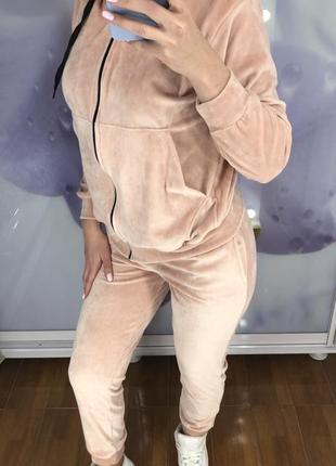 Велюровий костюм