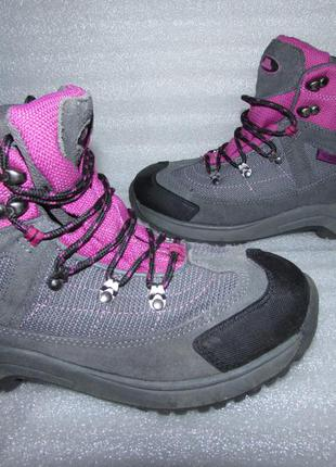 Фирменные ботинки натуральная кожа~trespass~ р 36-36.5