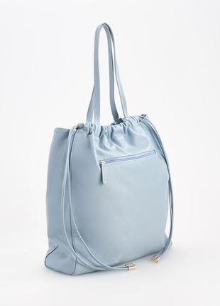 Шикарная сумка шоппер холодного голубого оттенка