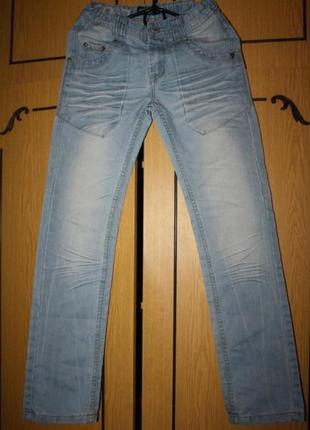 Стильные джинсы, 12 лет, ид. сост.