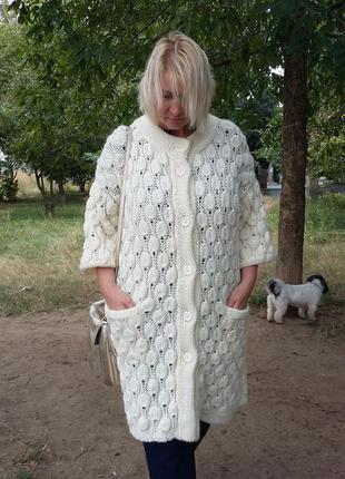 Кардиган. вязаное пальто. вязаный кардиган