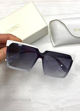 Модные новинки солнцезащитных очков