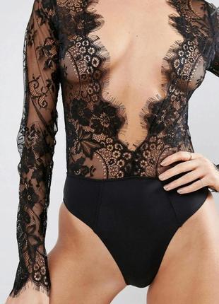 Кружевная блуза боди asos с глубоким v- образным декольте.