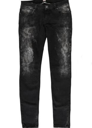 Эксклюзивные, брендовые джинсы hugo boss, оригинал