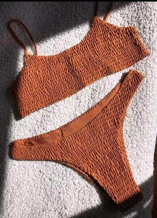 Стильный купальник из жатой ткани, ткань жатка, в рубчик, жатый стиль4 фото