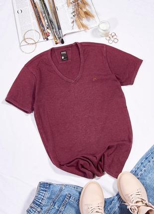 Женская футболка бордовая