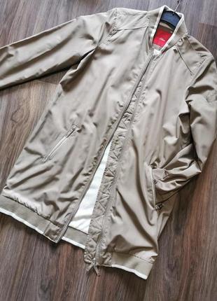 Длинный бомбер, куртка цвета оливы