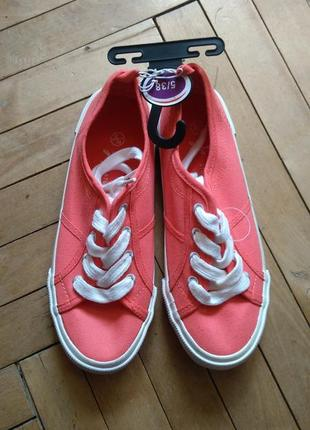 Кеди жіночі нові кеды новые женские спортивная обувь