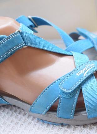 Кожаные босоножки сандали сандалии superfit р.39 25,5-26 см