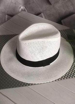 Летняя шляпка унисекс федора белая