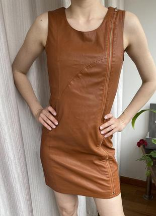 Платье из эко кожи xs-s