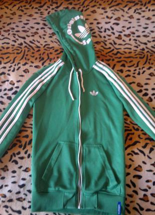 Яркая зеленая ветровка олимпийка с белыми полосками адидас куртка спортивная на замке