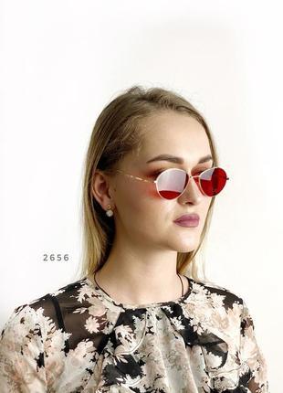 Модні червоні окуляри в золотій оправі к. 2656