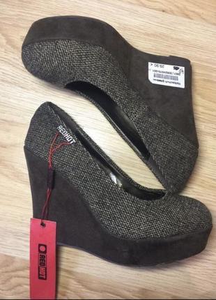 Туфли redhot made in portugal новые р 40