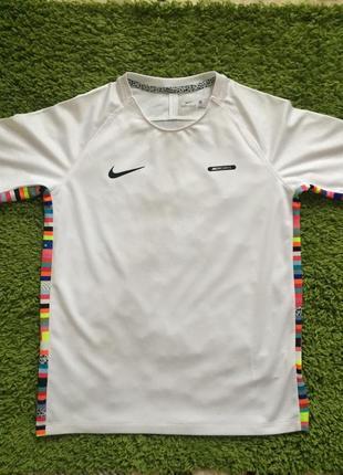 Детская спортивная футболка nike mercurial