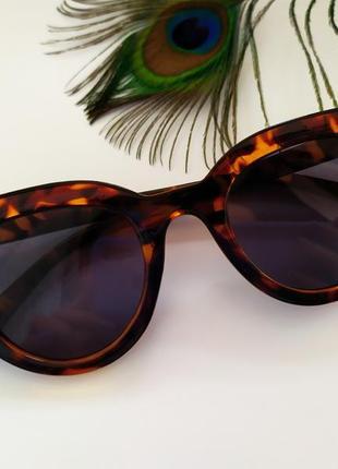 Солнцезащитные очки леопардовый принт