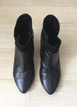 Демисезонные ботинки на каблуке1