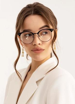 💣имиджевые очки с прозрачными линзами.
