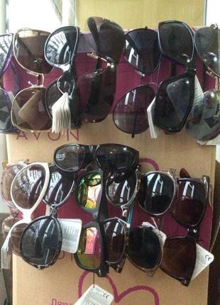 Солнцезащитные очки avon