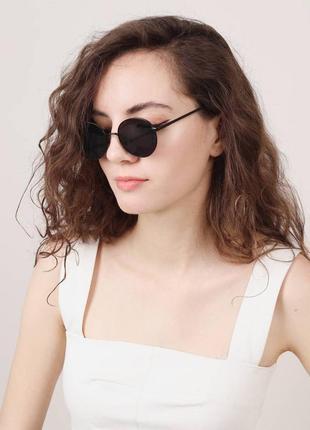 Очки чёрные актуальные солнцезащитные классические