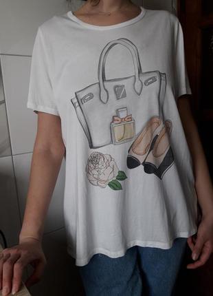 Стильная белая футболка туника женская с принтом оверсайз германия