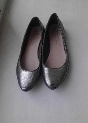 Лодочки, туфли без каблука, балетки