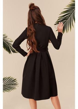 Платье миди с пышной юбкой