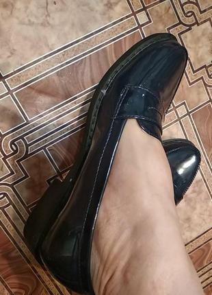 Новые темно-синие туфли,размер 38-38,5