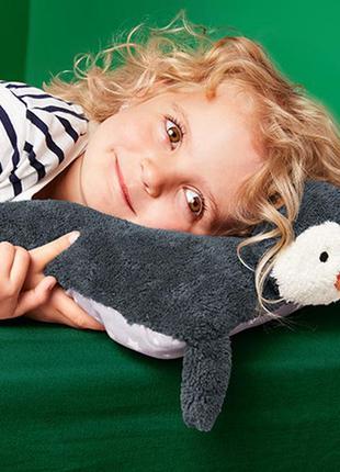 Мягкая плюшевая подушка -игрушка с пижамным отделением  от тсм tchibo (чибо), германия