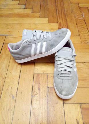 Крутые кроссовки adidas (адидас,оригинал,брендовые,кеды,замшевые))