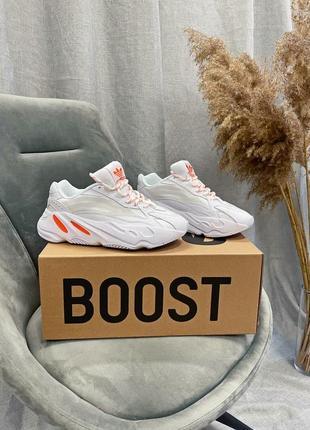 """Женские кроссовки adidas yeezy boost 700 v2 """"white / orange"""" качества люкс 36 - 45"""