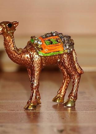 Шкатулка верблюд для кольца, сережек