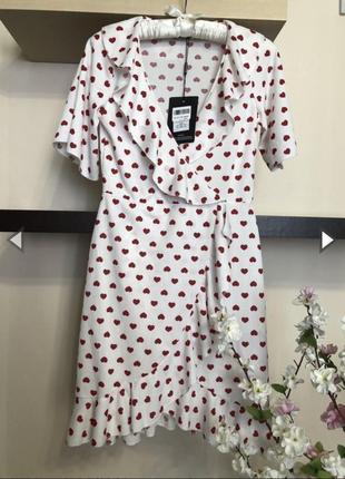 Красивое и очень нежное платье с сердечками, платье на запах